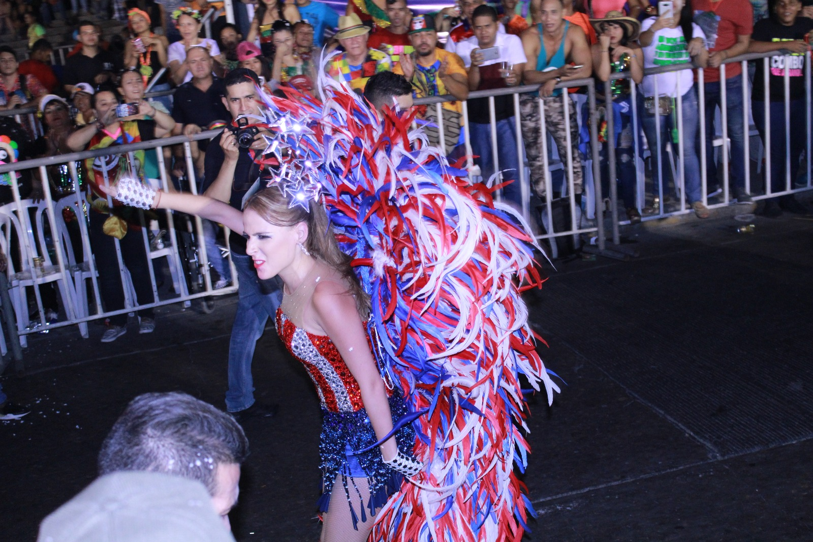 Fefi Mendoza, Reina del Carnaval /Foto FarfreyFashion