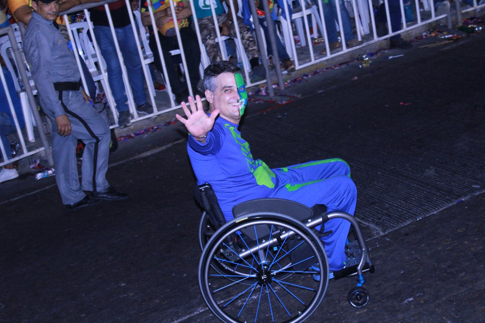 El Carnaval es para todos El Garabato La Cumbia, baile tradicional / Foto FarfreyFashion