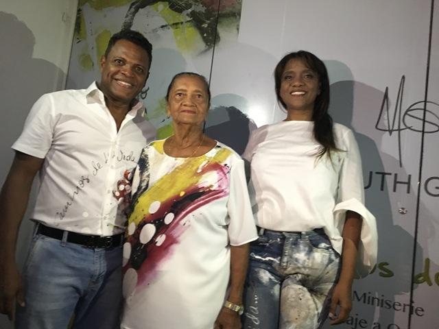 Naiduth en Compañia de su Mamá y Omar Geles