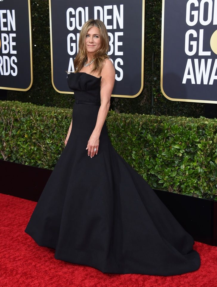 jeniffer-aniston- at-2020-Golden-Globes- kymoni-colombia-blogger